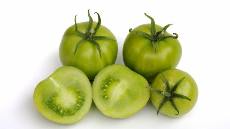 Cómo hacer madurar los tomates verdes
