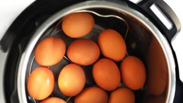 ¿Cómo hacer huevos en olla instantánea?: paso a paso