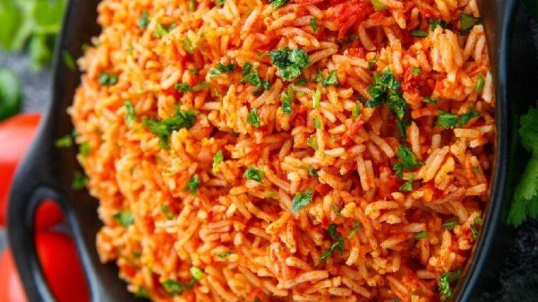 arroz con tomate especiado mexicano