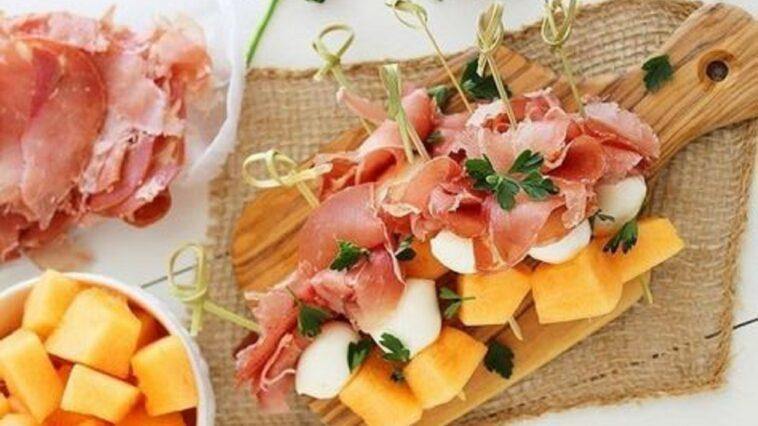 Pinchos de queso y chorizo o prosciutto: ingredientes y preparación