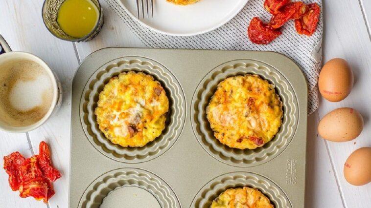 Receta de mini frittatas de chorizo, guisantes y patatas