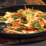 ensalada de pollo tailandés