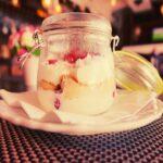 Mousse de fresas de engaño rápido, deliciosa receta