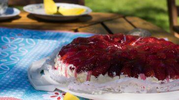 Prepara un pastel de fiesta de verano