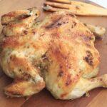 Prepara un pollo al horno en bandeja de verano