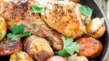 Cómo preparar una bandeja de pollo y chorizo