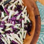 Ensalada de col roja crujiente: receta saludable y rica