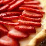 Cómo preparar tarta de fresas con lunares