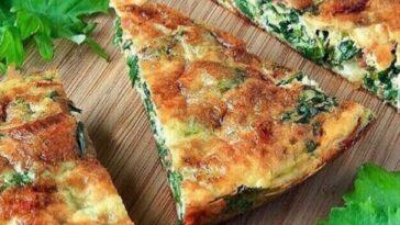 Tortilla de boniato, espinacas y queso feta