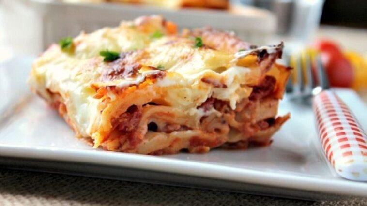 La deliciosa receta de una lasaña de queso y bacon