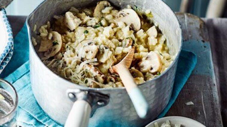Risotto de pollo y champiñones en una sola olla