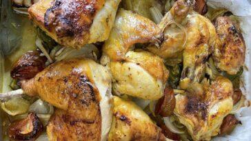 Cómo hacer un pollo picante al horno con patatas fritas