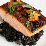 arroz venus con salmon y calabacin