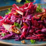 Pollo asado con col roja waldorf: ingredientes y preparación