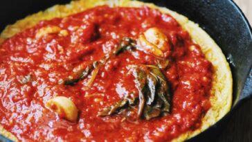 Farinata con tomates y queso crescenza: deliciosa receta vegetariana
